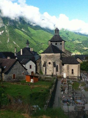Auberge Cavaliere : le village d'Accous à 2 minutes en voiture