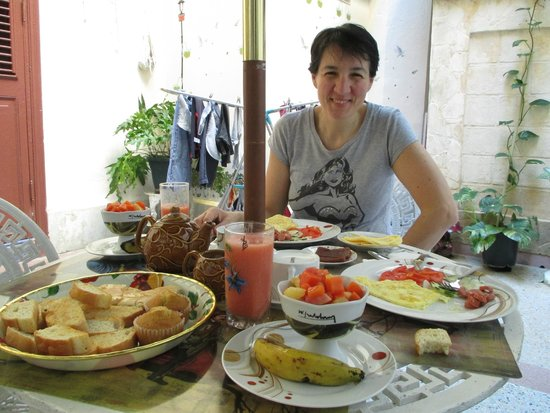 Casa Particular Delia : colazione a casa della sorella di delia