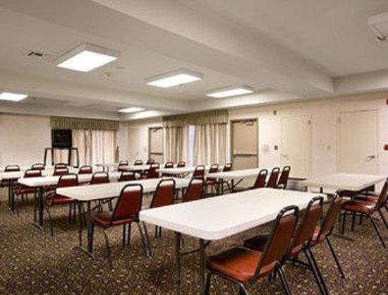Days Inn Fontana / Rialto : Meeting Room