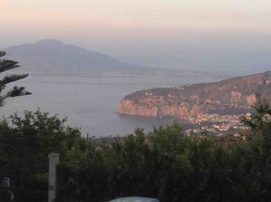 Don Pedro: Vesuvio view