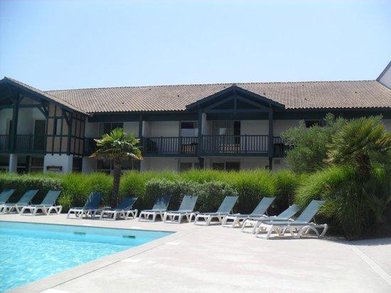 Pierre & Vacances Resort Moliets: vue de la piscine