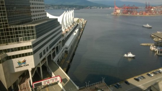 Fairmont Waterfront : View from room