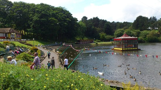 Peasholm Park: Boating lake
