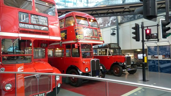 London Transport Museum : London icons