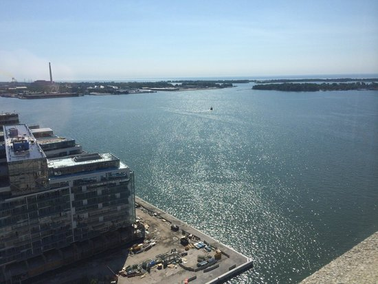The Westin Harbour Castle: Great view of Lake Ontario