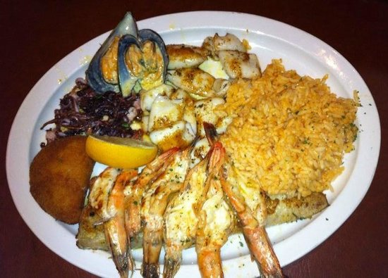 Little Mozambique: Seafood Platter for One