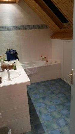 Hotel La Désirade - Relais du Silence : salle de bain