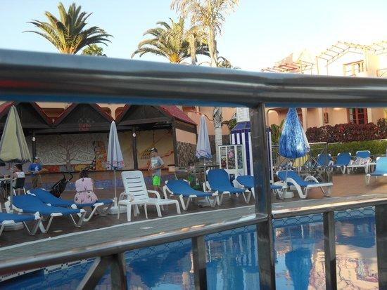 Turbo Club: pool area from pool bar