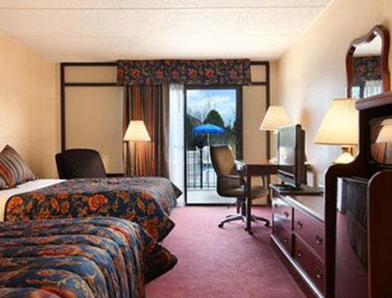 Baymont Inn & Suites Rock Hill: Standard Two Queen Bed Room