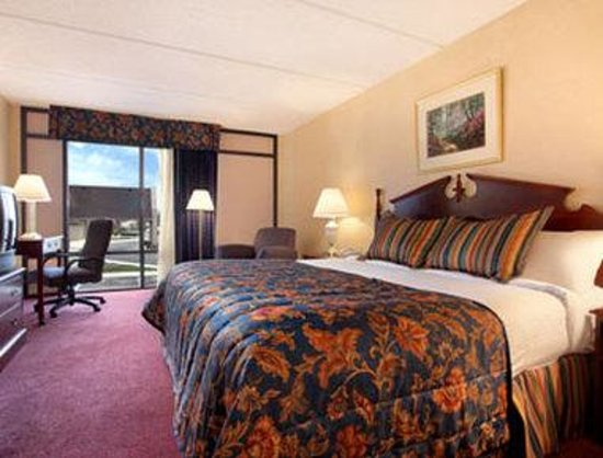Baymont Inn & Suites Rock Hill: Standard King Bed Room