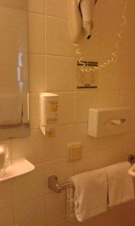 Hotel Excelsior: Banheiro