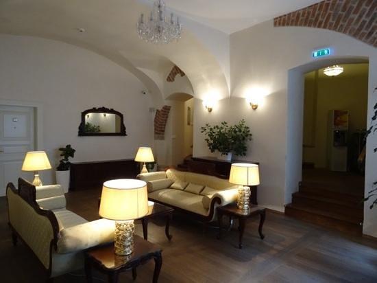Savic Hotel: Savic Lounge area