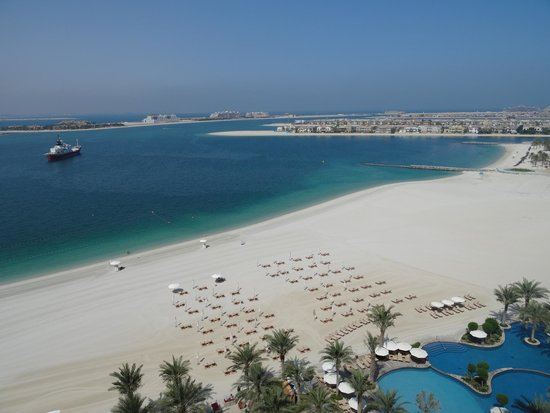 Fairmont The Palm, Dubai: View from The Fairmont Hotel
