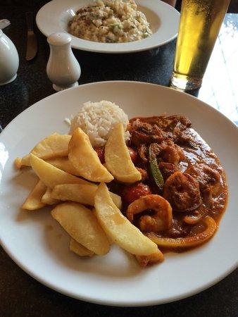 Printers Arms: King prawn curry and rice !!!   Yum yum