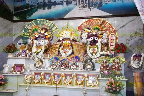 Coimbatore, India: Temple Deities