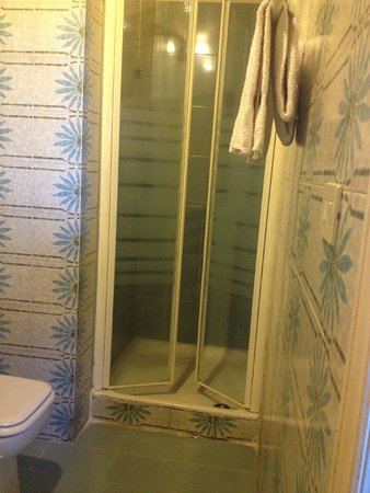 Albergo Il Marzocco : Shower