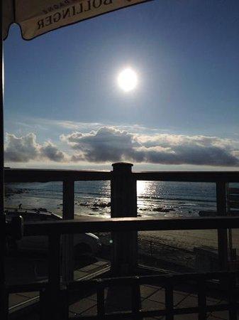 The Beach Restaurant: Waiting for cheese board!