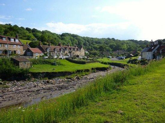 Cliff View: Sandsend village