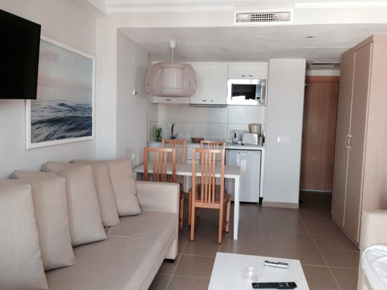 TUI Family Life Flamingo Beach Resort: 46a standard apt