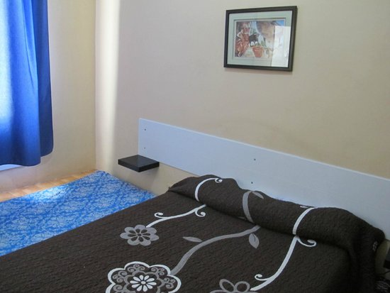 Hostal Miami: room