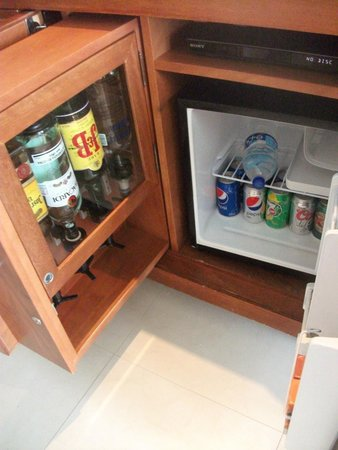 Sun Palace: Mini Bar