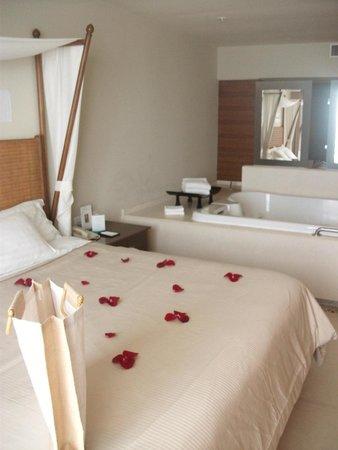 Sun Palace: Room