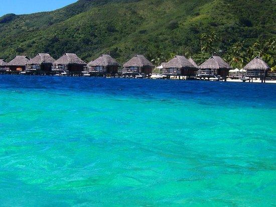Manava Beach Resort & Spa - Moorea : Gorgeous water!!!