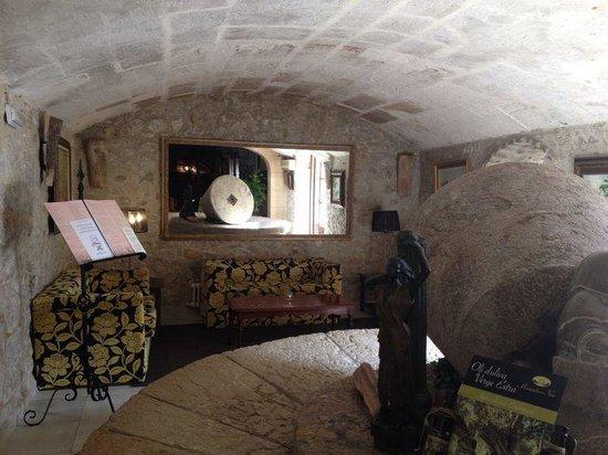 Hotel Rural & Spa Monnaber Nou: Aufenthaltsraum