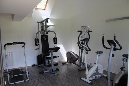 Flancourt-Catelon, France : Salle de fitness accessible gratuitement