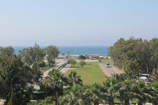 Maritim Hotel Saray Regency : vue sur la mer de notre chambre