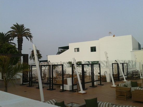 Gloria Izaro Club Hotel: terraza chill - out