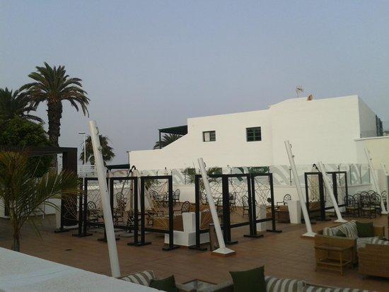 Gloria Izaro Club Hotel: terraza chill - out