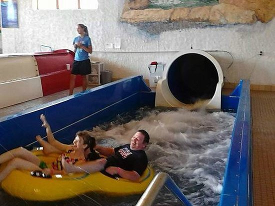 Bavarian Inn Lodge : Water Slide