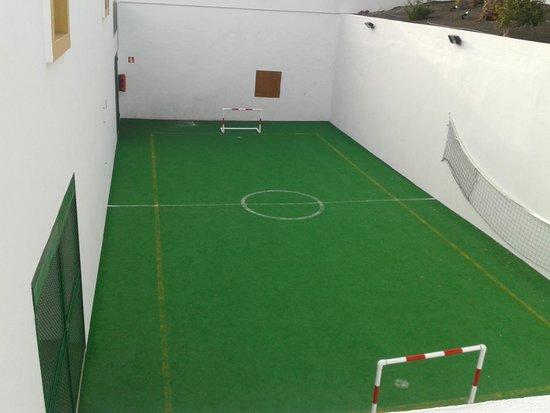 Gloria Izaro Club Hotel: campo de futbol sala y voleybol