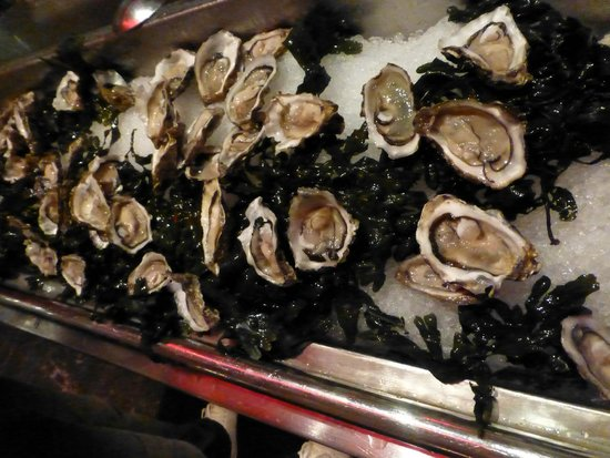 Atlantis, The Palm: oysters