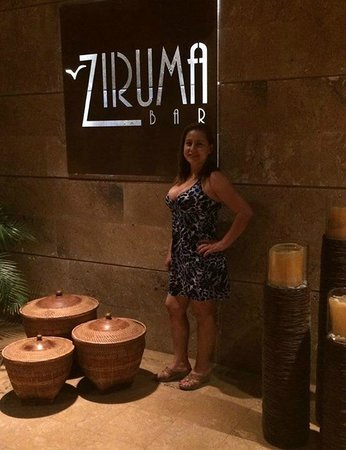Zuana Beach Resort: Bar Ziruma