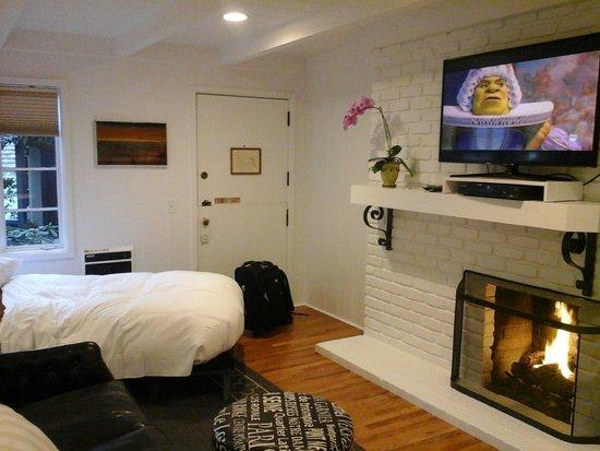 Vagabond's House Inn : habitación