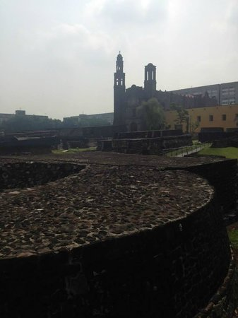 Plaza de las Tres Culturas: Vista dos