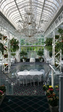 The Madison Hotel: The Solarium banquet room