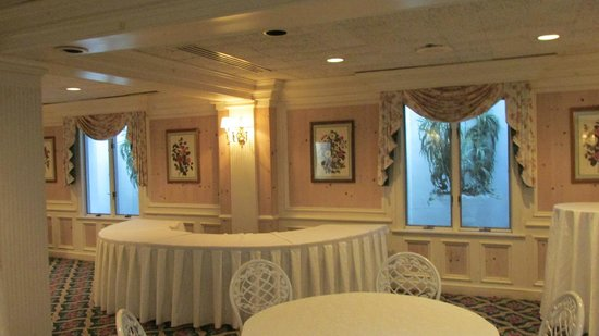 The Madison Hotel: Small banquet room