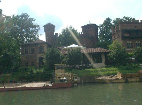 Hotel Roma e Rocca Cavour: boottocht op de Po