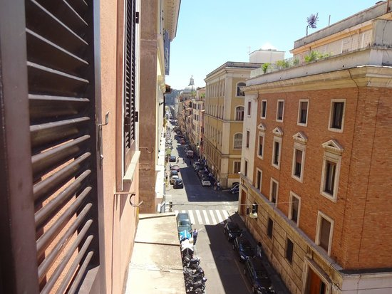 Apollo Hotel: Vista Coliseo desde ventana habitación