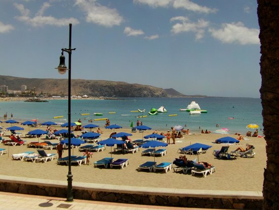 TRYP Tenerife : Many beaches nearby and close to shops, bars, restaurants too