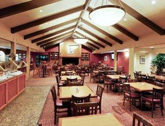 Hawthorn Suites by Wyndham Sacramento: Dining