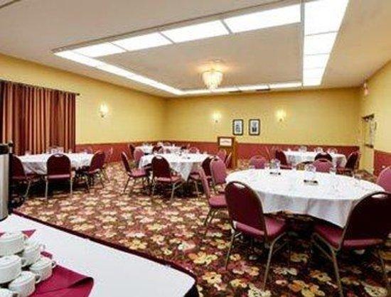 Hawthorn Suites by Wyndham Sacramento: Meeting Room