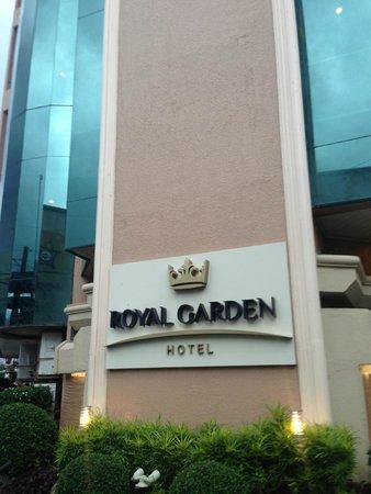 Royal Garden Hotel: facade