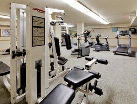 Hawthorn Suites by Wyndham Sacramento: Fitness Center