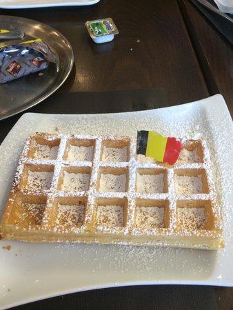 Brasserie Agrea : Belgian waffle :) ��