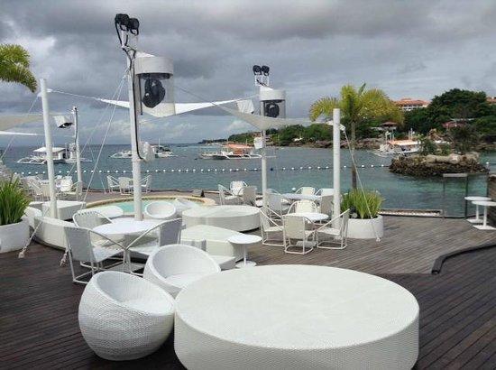 Moevenpick Hotel Mactan Island Cebu: Пляжный клуб Ибица