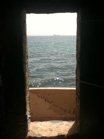 La Maison des Esclaves : Door of No Return